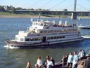 Ausflugsschiff Stadt Düsseldorf
